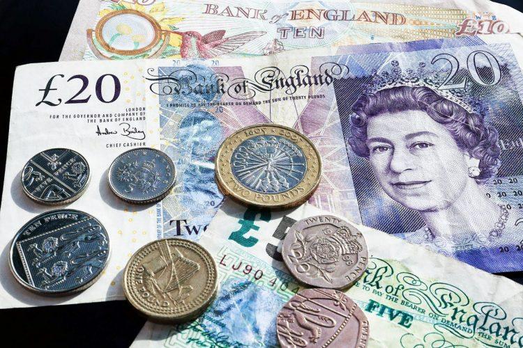 Mất 12 tỷ bảng Anh để huy động kế hoạch từ chính phủ Anh